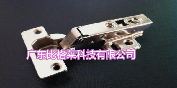 使用镀镍添加剂的过程中,六价铬对镀液的影响及去除办法