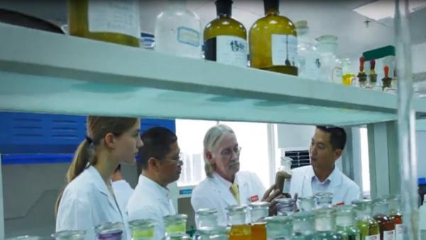 电镀厂如何选择靠谱的中磷化学镍浓缩液生产厂家?
