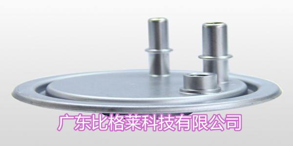 使用碱性锌镍合金光亮剂时,工件镀层和镀锌相比具有这样的优点
