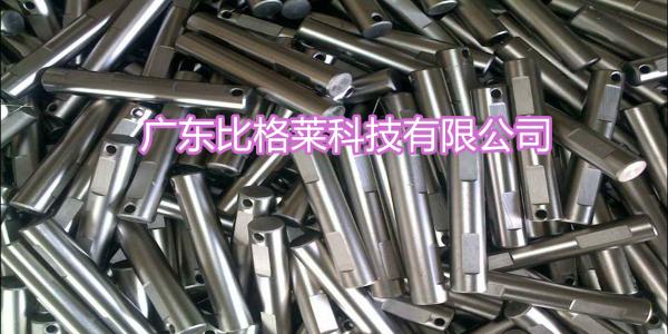 光亮镀镍添加剂应用过程中,工件镀层表面有颗粒感的原因