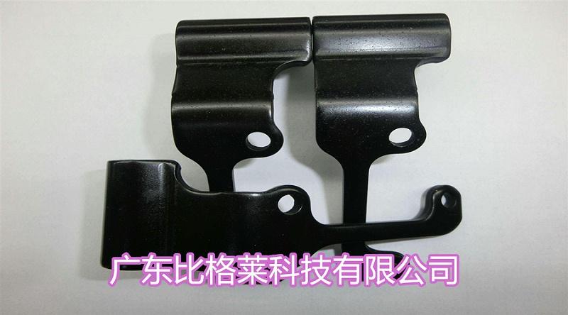 郭先生使用比格莱锌镍合金三价铬黑色钝化剂效果图