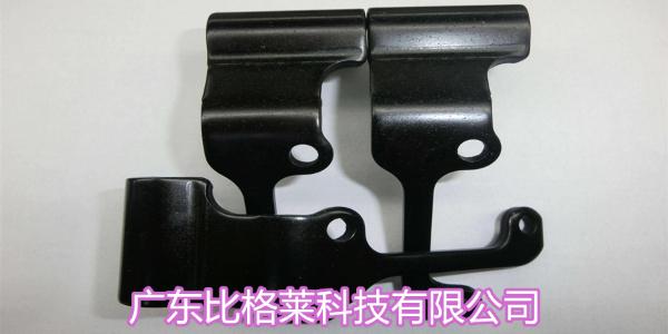 工件锌镍镀层黑色钝化后容易泛彩,试试这款锌镍合金三价铬黑色钝化剂