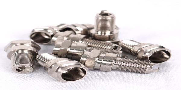 化学镍药水在使用时,镀槽沉积镍金属可以这么解决,一看就懂!