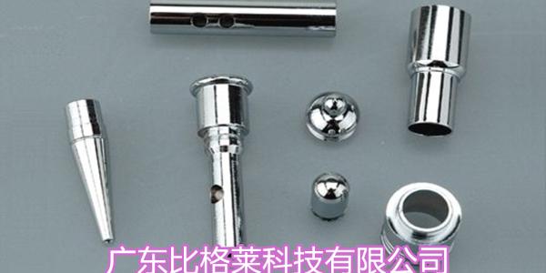 使用镀铬添加剂的过程中,使用阳极板的特殊性